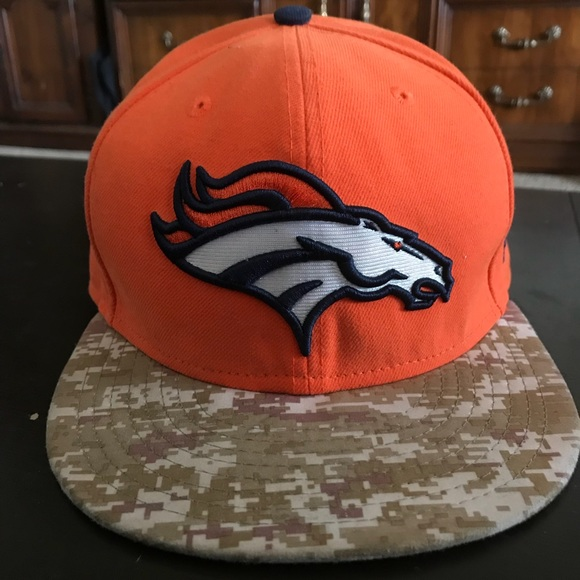 Denver Broncos STS Sideline Fitted Hat. M 5adf90fd5521be9c6243da49 10b742c2b3